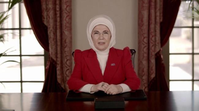 """Emine Erdoğan, """"2023 yılı hedeflerimize ilerlerken, kararlı adımlarımızın gücü kadınlarımızdan geliyor"""""""