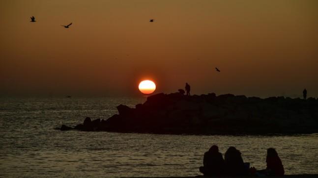 İstanbulluları heyecanlandıran günbatımı