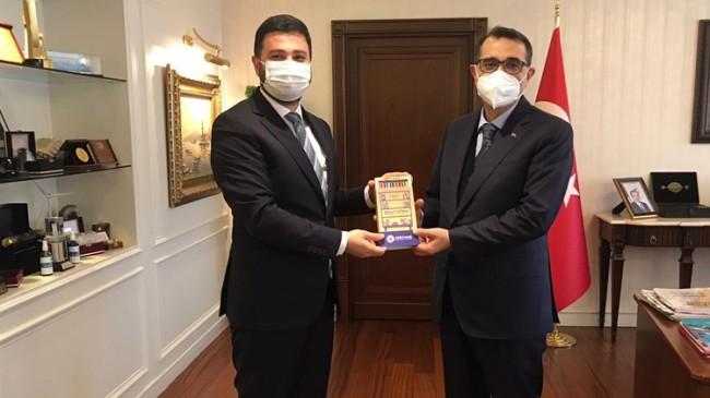 Başkan Öztekin, Kağıthane için önem arz eden projeyi Bakan Dönmez'e sundu