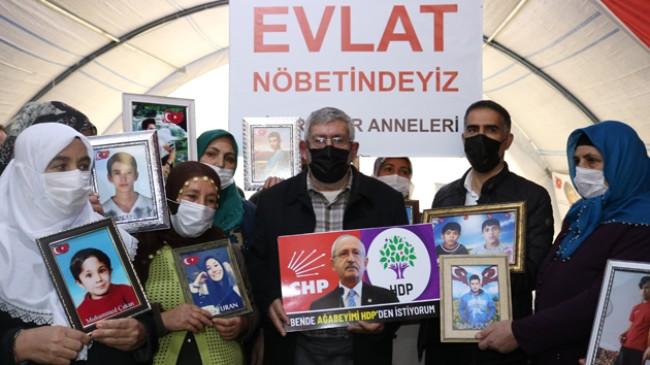 Şarlatan Kılıçdaroğlu, HDP önündeki acılı anneler üzerinden şov yaptı