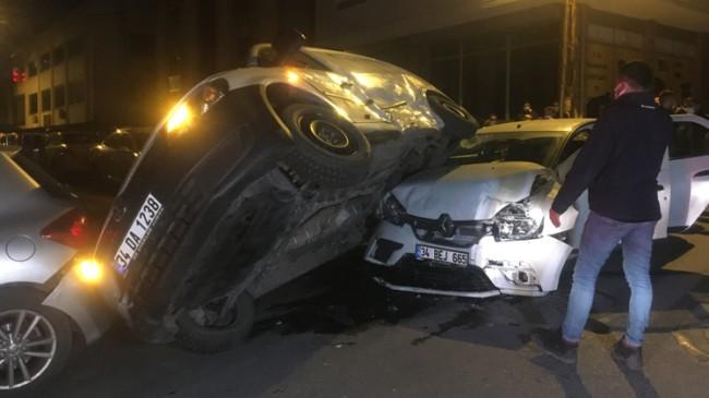 Ümraniye'de dikkatsizlik kazayı getirdi