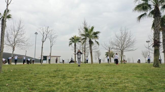Gençler, sınavlara Tuzla Belediyesi Spor Akademileri Kursları'nda hazırlanıyor