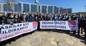 Altun'un evini tacizleyen CHP'li Özçağdaş, duruşmaya kalabalık gelerek şov peşinde!