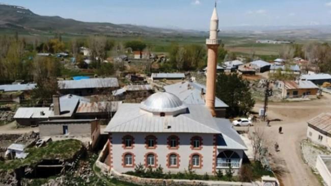 Ermeniler, 587 masum Müslümanı camide yakarak şehit etti