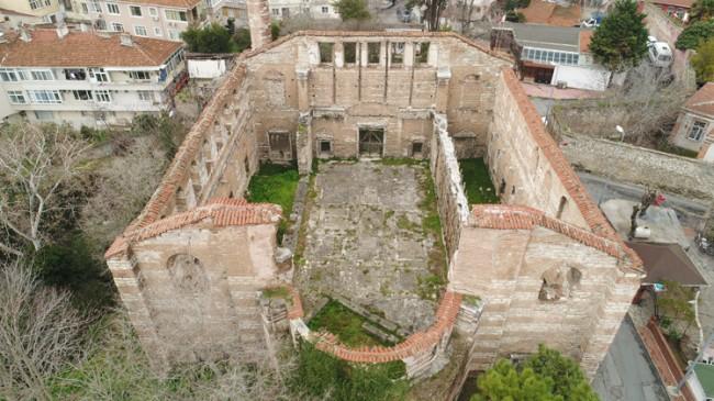 İmrahor Camii'nin acınacak hali var