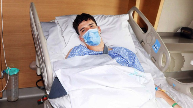 Milli kaleci Altay Bayındır ameliyat oldu