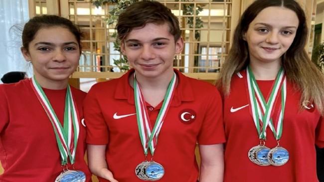 Paralimpik Yüzme Dünya Serileri'nde Sümeyye Boyacı 1., Sevilay Öztürk 2. oldu