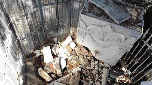 Tarihi Galib Paşa Camii çeşmesi 6 aydır 'basit onarım'ı bekliyor