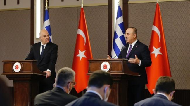 Mevlüt Çavuşoğlu, Yunan Nikos Dendias'ı Türkiye'ye geldiğine pişman etti