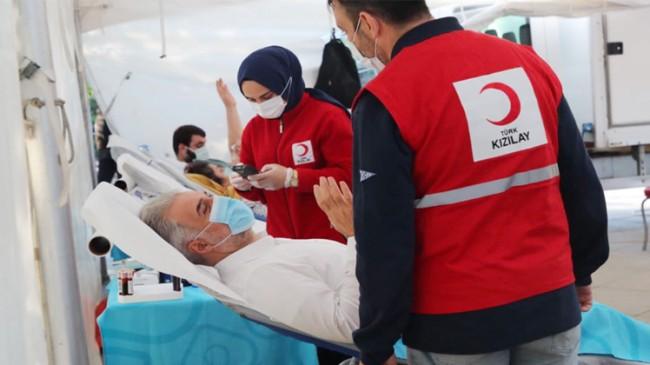 Başkan Kabaktepe'den Ataşehir ilçenın 'Kan Ver Can Ver' kampanyasına destek