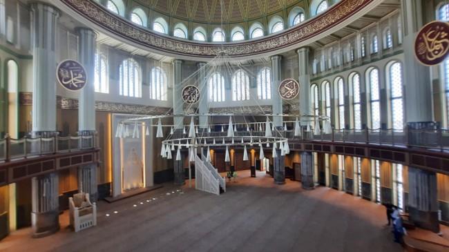 Taksim camii Cuma günü açılıyor