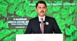 """Bakan Kurum, """"Marmara Denizini müsilaja terk etmeyeceğiz"""""""