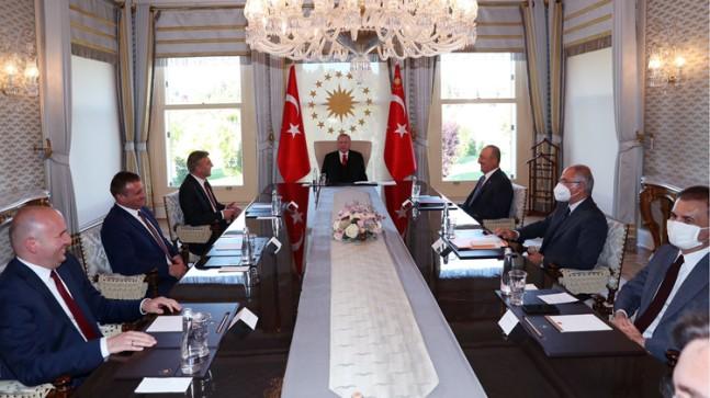 Cumhurbaşkanı Erdoğan, Mustafa Karadayı ve beraberindekileri kabul etti