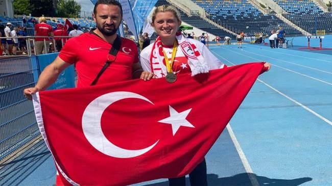 Fatma Damla Altın, Dünya Şampiyonu