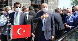 """Erdoğan, """"Başkaları gibi sırtımızı terör örgütlerine değil, milletimize dayadık"""""""