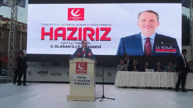Yeniden Refah Partisi Fatih İlçe Kongresi'ni Karagümrük stadında yaptı
