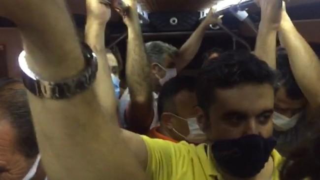 Metro ve İETT seferleri durunca minibüslerde yolcu izdihamı yaşandı