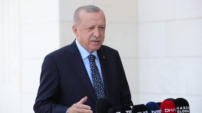 """Cumhurbaşkanı Erdoğan, """"Türk Hava Kurumu'nun elinde uçak falan ve yok!"""""""
