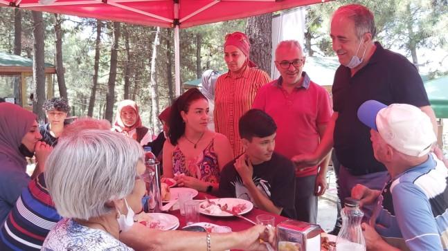 Milletvekili Hulusi Şentürk, yaşlı ve çocukların pikniğine katıldı