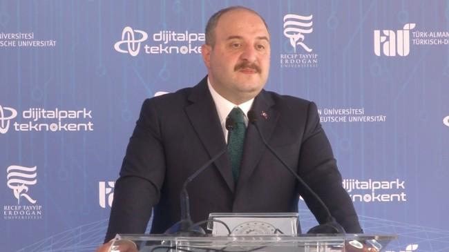 """Bakan Varank, """"Her şehrimize bir teknopark kurmaya çalışıyoruz"""""""