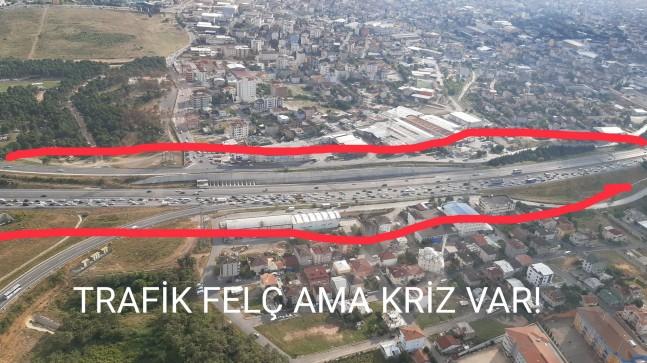 Siz bu tatilcilerin yolları kilitlemelerine bakmayın, Türkiye'de kriz var kriz (!)