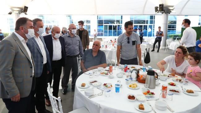 Bağcılar Belediye Başkanı Çağırıcı 15 Temmuz şehit yakınları ve gazileri ağırladı