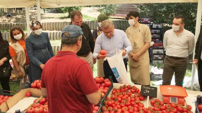 Sarıcakayalı çiftçilerden Üsküdar'da aracısız sebze ve meyve satışı