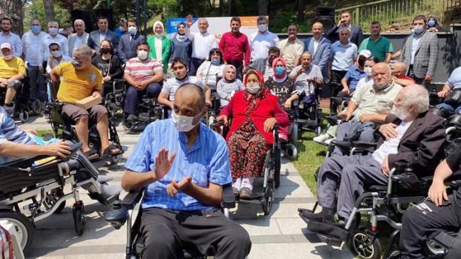 Üsküdar Belediyesi akülü araçlara öncülük ederek engellilere umut oldu