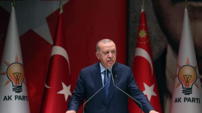 """Erdoğan, """"Bazen birileri karşımıza çıkıp '19 yılda ne yaptınız' diyecek cüreti gösterebiliyorlar"""""""