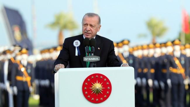 """Cumhurbaşkanı Erdoğan: """"Artık İHA'larımız, SİHA'larımız, Akıncı'larımız var; kapılarda dilenci değiliz"""""""