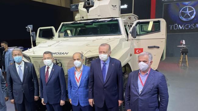 Cumhurbaşkanı Erdoğan, Türk savunma sanayiinin yüzde yüz yerli yüzü TÜMOSAN hakkında bilgi aldı