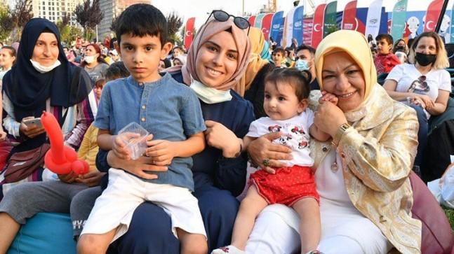 Sancaktepe Belediyesi Meydan Park'ta çocuklar için eğlence vakti