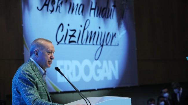 """Erdoğan, """"Bunlar kim Fatih kim!"""""""