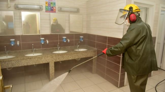 Tuzla'da okullar ozon yıkama yöntemi ile dezenfekte edildi