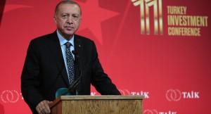 """Cumhurbaşkanı Erdoğan, """"Atanız Sultan Alparslan'dır, Fatih'tir, Yavuz'dur, Sinan'dır, Barbaros'tur, Nene Hatun'dur"""""""