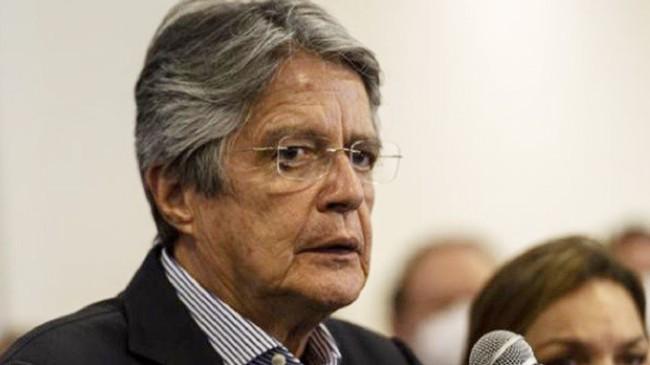 Ekvador Devlet Başkanı Guillermo Losso, başkanlık uçağını satışa çıkardı