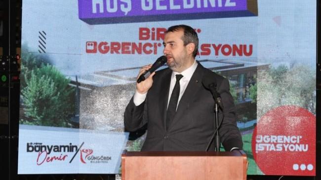 """Başkan Demir, """"Güngören'de öğrencilerimizin ders çalışabileceği sessiz bir ortam hazırlamaya çalıştık"""""""