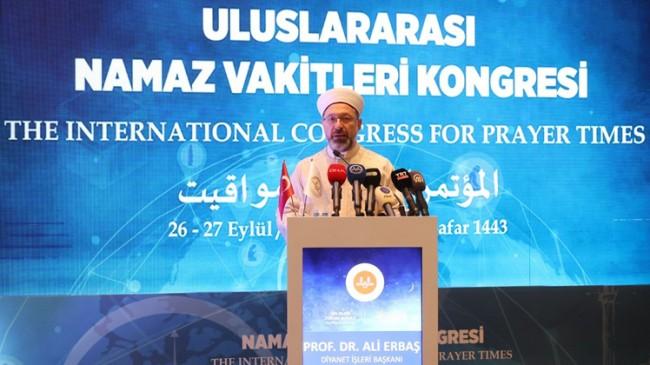 İstanbul'da Uluslararası Namaz Vakitleri Kongresi yapılıyor