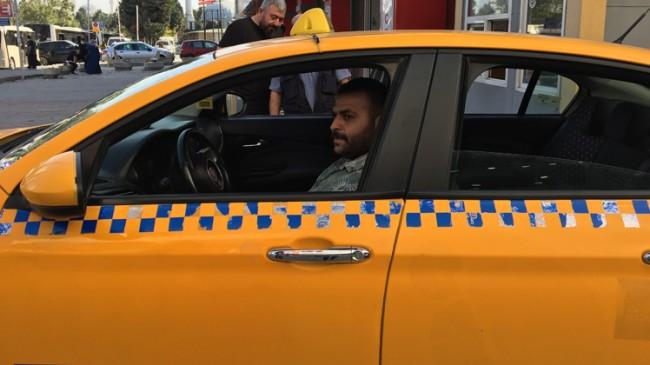 Kadın yolcu takside doğum yaptı