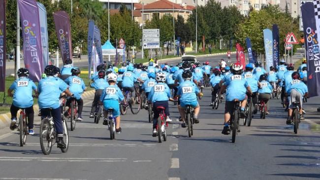 Pendik Bisiklet Festivali Yarışları kıyasıya rekabet ve heyecana sahne oldu