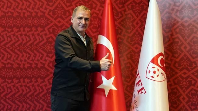 """Stefan Kuntz, """"Öyle bir özgüvenimiz var ki, yeniden Türk Bayrağı'na bakarak zaferimizi kutlayacağız"""""""