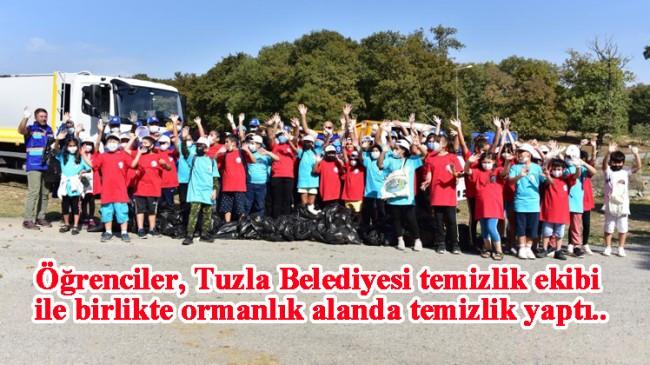 Tuzla Belediyesi ile öğrenciler birlikte temizlik yaparak farkındalık oluşturdu