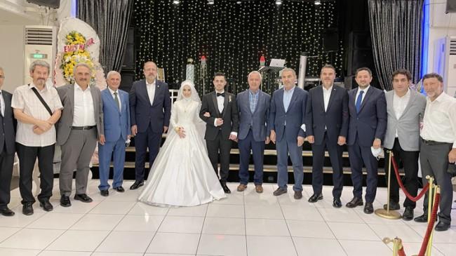 Yalçın Özer'ın kızı Seher Özer, Nurullah Sarı ile dünya evine girdi