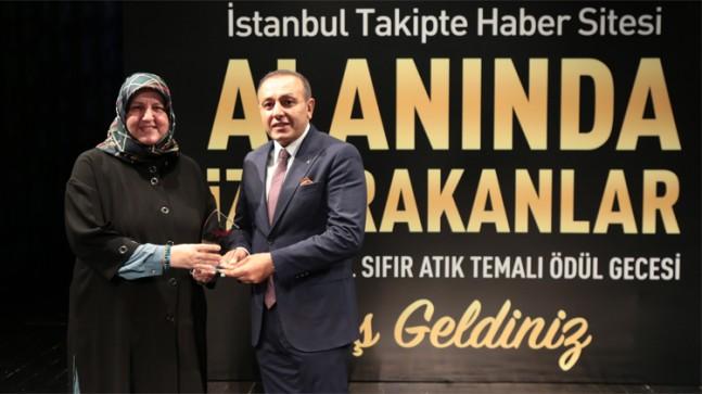 Aydın Tekstil'in Sahibi Yücel Aydın'a İş İnsanı Ödülü