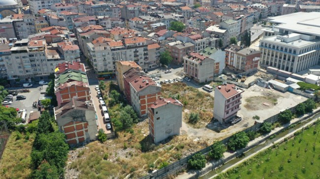 """Başkan Arısoy, """"Çırpıcı Mahallesi'nin kentsel dönüşüm sorununu çözüyoruz"""""""