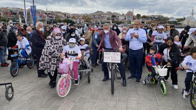 Serebral Palsili çocuklar Üsküdar Sahili'nde pedal çevirdi