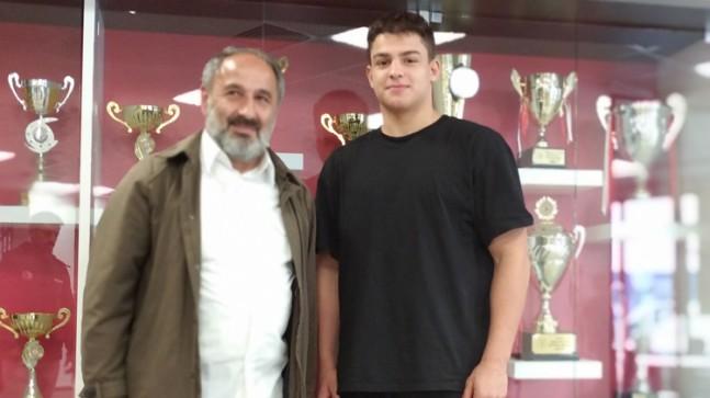 Yıldızlar Dünya Şampiyonu Rıfat Eren Gıdak ile Sancaktepe'de buluştuk